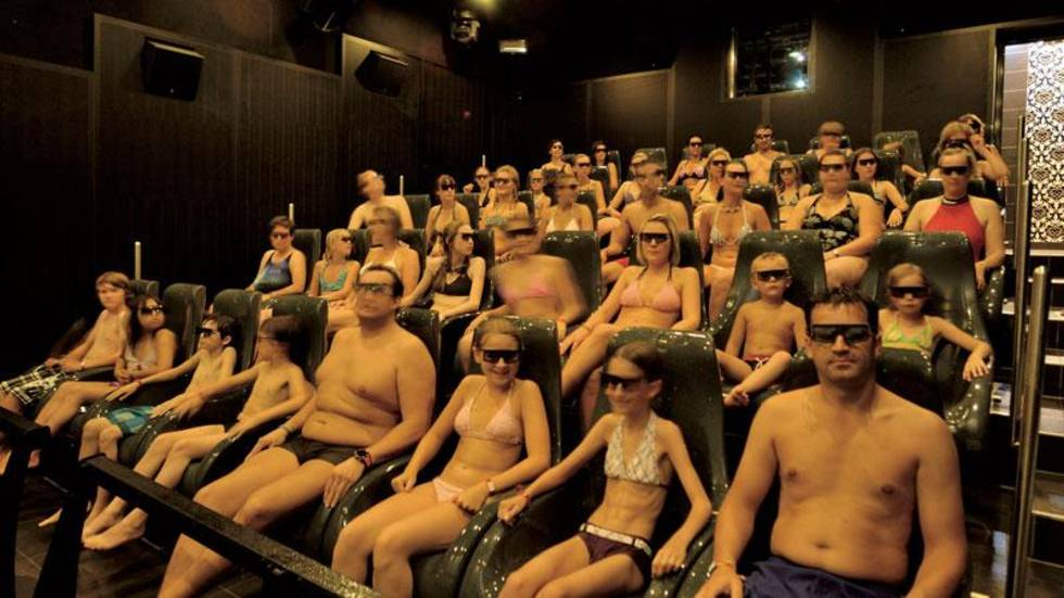 5D cinema in the water park